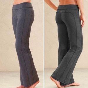 Athleta Kickbooty Yoga Pants